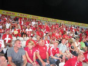 Stemningsbillede fra Danmarks udekamp på Cypern i oktober 2011