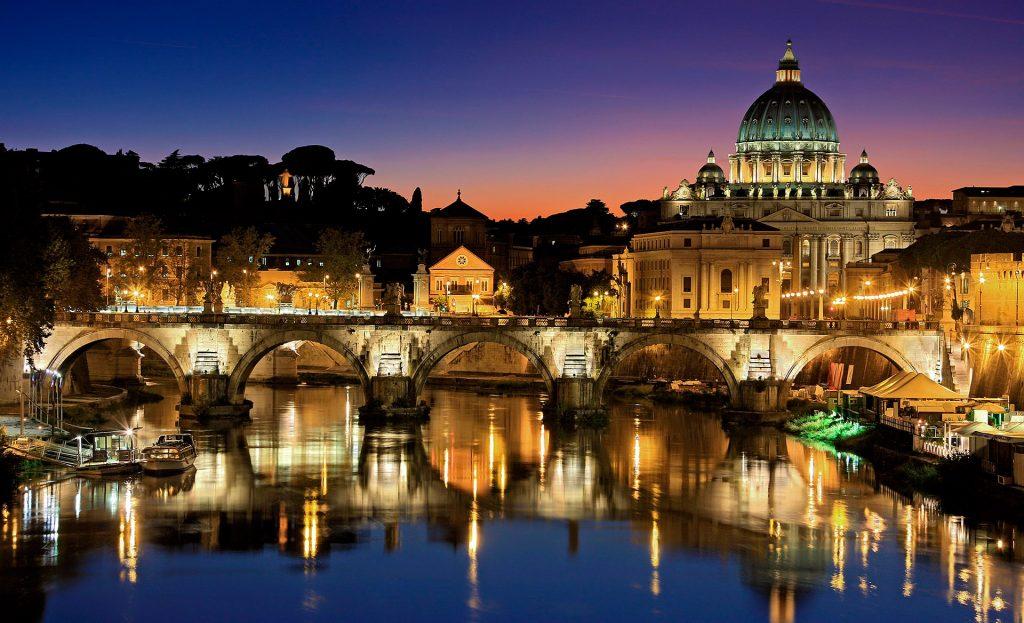 Oplev Vatikanet og påskemessen i Rom